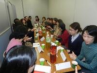 学習者とボランティアとの懇談会が行われています