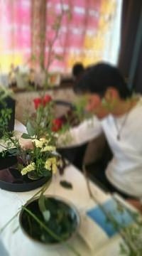 お店にお花をかっこよく飾れたら~草月流いけばな体験レッスン