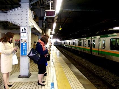 品川駅京浜東北線下りホーム・13時