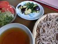 今日のJご飯>蕎麦、茄子にトマト