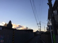 1月13日16時53分西空にわずかな雲が。