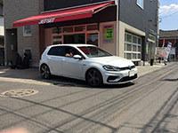 VW:ゴルフ7にレカロシートの装着