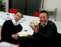 笑顔も真顔も武器だね!若手営業2名のハッピーバースデー♪東京支社は営業・進行スタッフ募集中ですよー