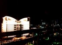 神戸ポートタワーホテルから見た夜景で地域を知る。あの建物なんだ?