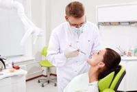 入れ歯とは、失った歯や歯ぐきの形態と機能を補うための人工的な装置です 2016/12/29 17:36:25