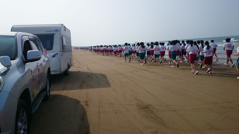 石川県羽咋市 千里浜 なぎさドライブウェイ