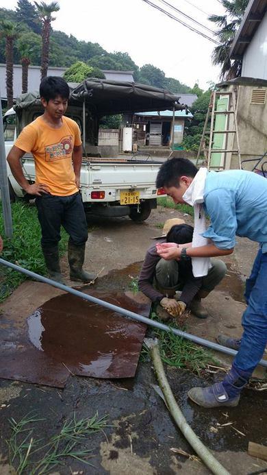 水中ポンプの交換をFIOのみんなと井戸の工事