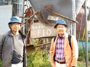 三鷹の方で多摩コミュニティビジネスネットワークや 好齢ビジネスパートナーズの世話人でもある 堀池さんが牛小屋に