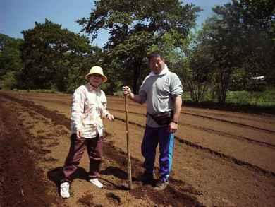 三宅島全島避難時の三宅島阿古の保育園長の鈴木夫妻