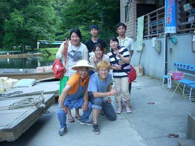 東北に韓国から来た青年たちと