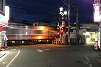 柴崎駅の列車接近メロディーが「今日の日はさようなら」に