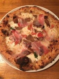 クオーレルディーノ (Pizzeria CUORERUDINO)