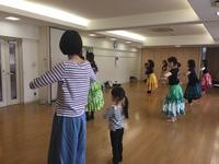 水曜日の子連れフラダンス