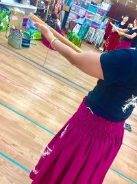 フラダンス、楽器プイリーの練習