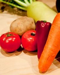 八王子市内の小中学校で地産地消給食を提供 2014/11/10 11:00:00