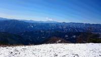 鴨沢から雲取山に登り、石尾根を下山しました。2017年2月。