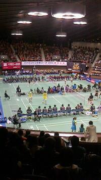 バドミントン日本リーグ女子世界ランク1位2位の戦い