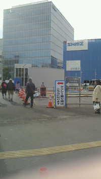 調布駅中央口地上通路が変更されました