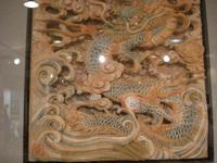 龍の彫り物。右腕から背中にかけて・・・