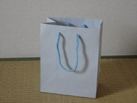 紙袋のひとり言