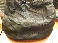 革のバッグの縫い修理!