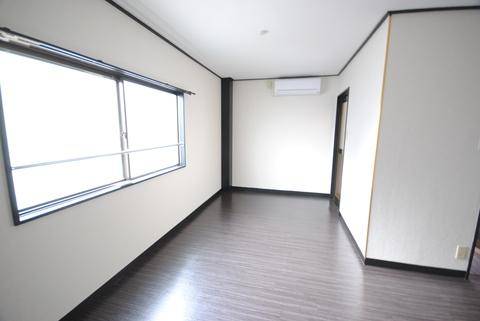 田倉ビル5階
