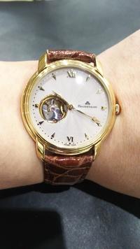 店長オススメ!腕時計の革ベルトのメンテナンス用品もお取り扱いございます!