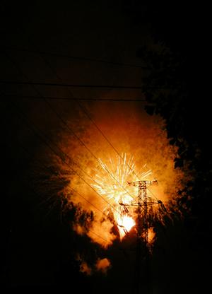 爆発のような花火
