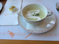 旬のアスパラのスープ