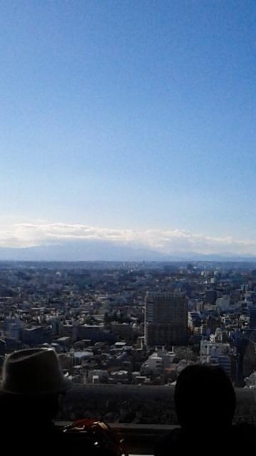 キャロットタワー26Fにて富士山方向を観るが雲にかかって観られず